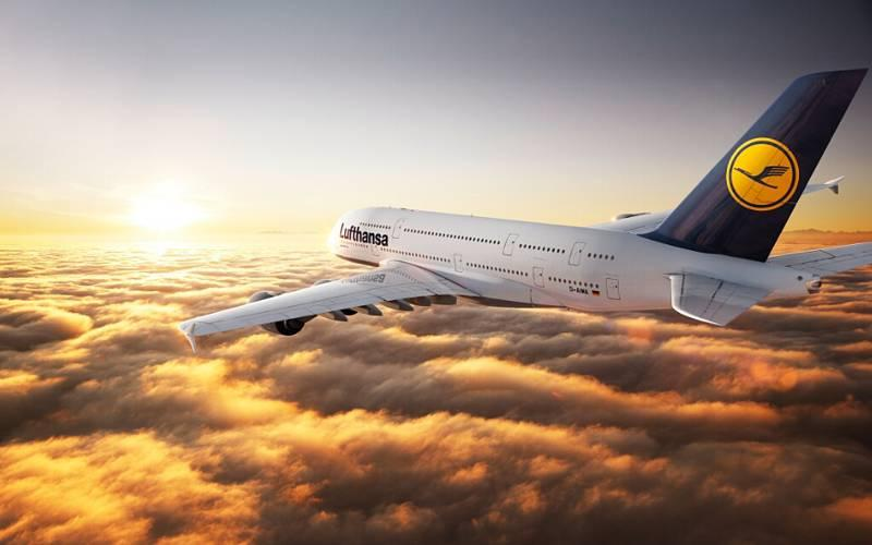 Чистая прибыль Lufthansa выросла в 2017 году на треть
